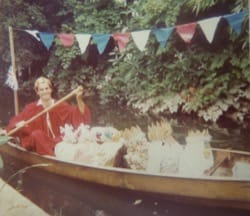 Image - 40CRANE_Adam-Cade-from-Eve-Road-celebrating-the-1977-Silver-Jubilee-with-his-boat-of-royal-visitors