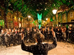 Image - CAROLS_Carol-singing-in-snow