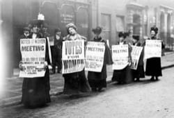Image - WOMENMARCH_Suffragettes